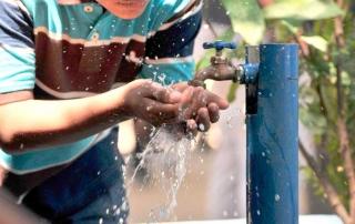 emergencias-transporte-agua-potable1